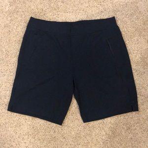 Athleta modern metro shorts